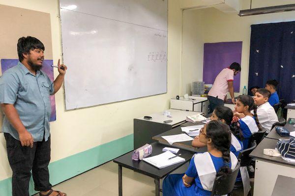 chattogram-grammer-school-teachers-workshop-2019-65C1C04CA-F547-83C8-9733-62E672984850.jpg