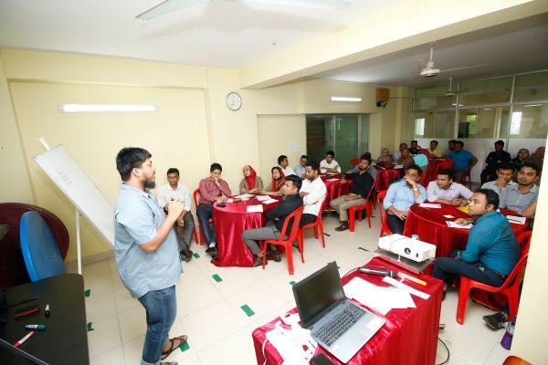 chattogram-presidency-teachers-workshop-2019-4A76D3E89-1162-C5CE-D21C-B550B050748E.jpg